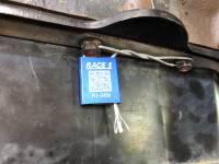 Race-1 - R1095 - Image 11