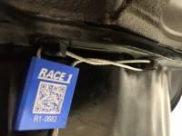 Race-1 - R1339 - Image 11